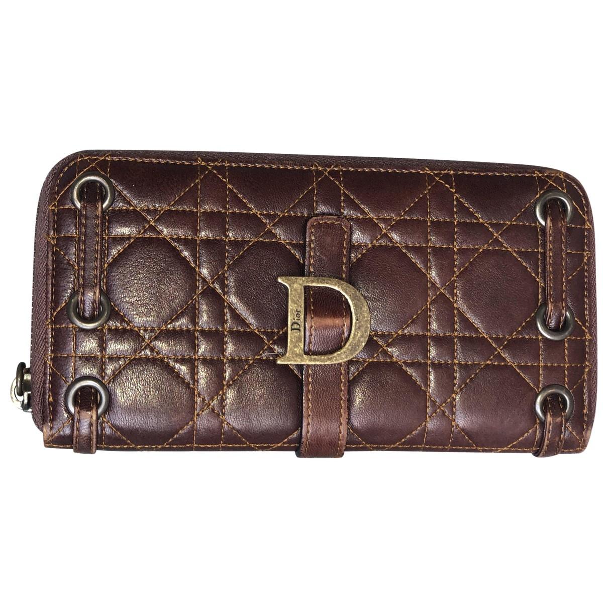 Dior \N Portemonnaie in  Braun Leder