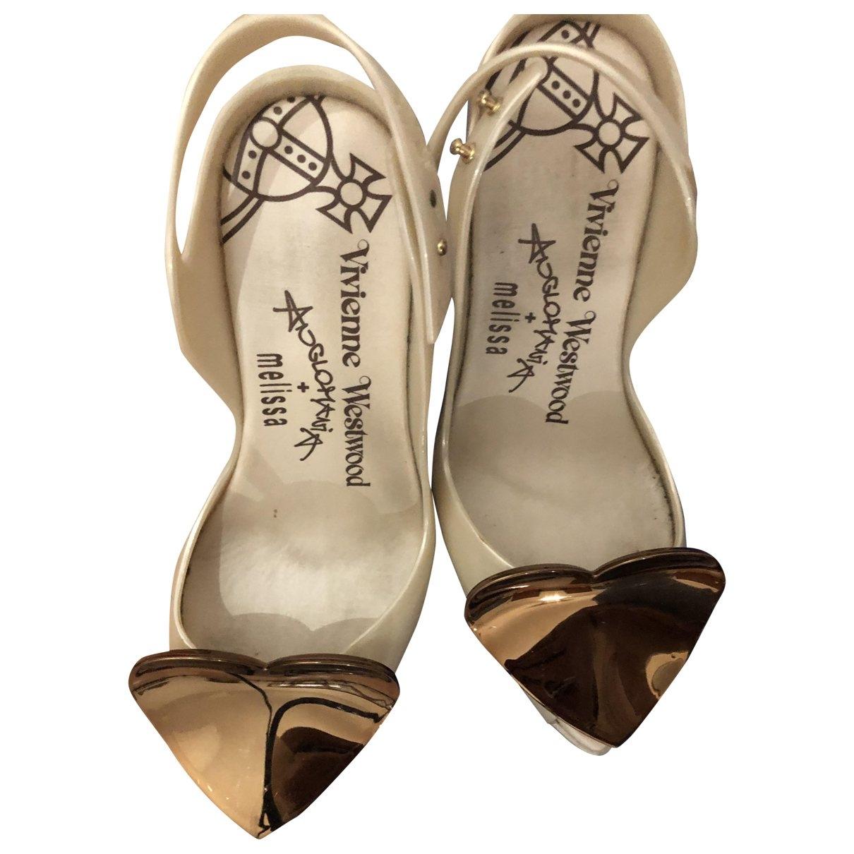 Vivienne Westwood Anglomania \N Beige Rubber Heels for Women 36 EU