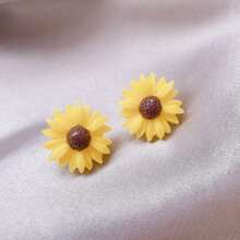 Sunflower Shaped Stud Earrings