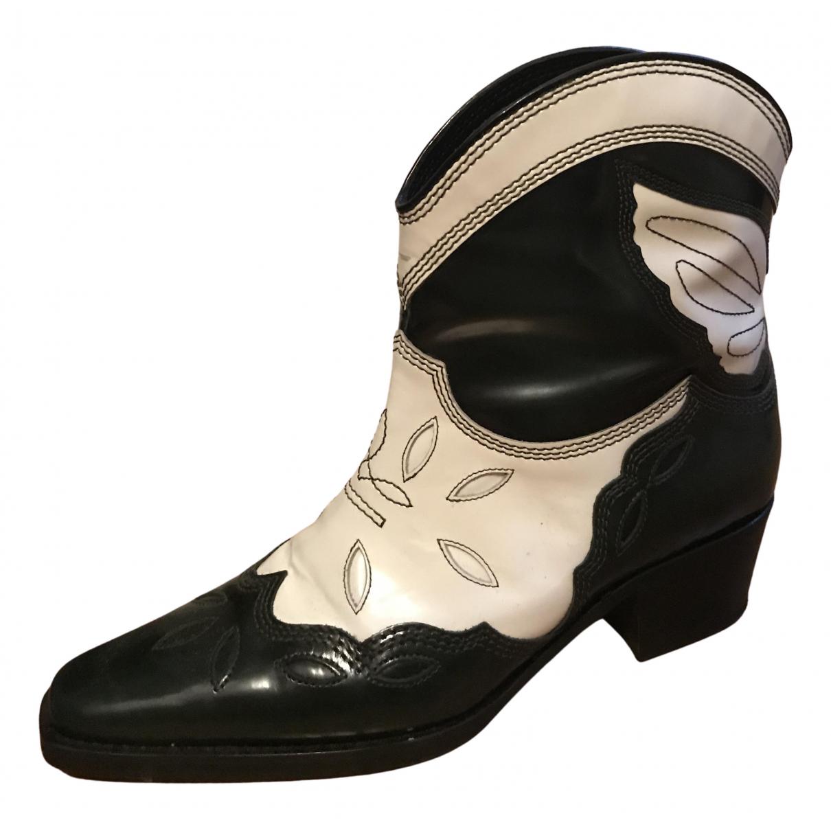 Ganni \N Stiefel in  Schwarz Leder