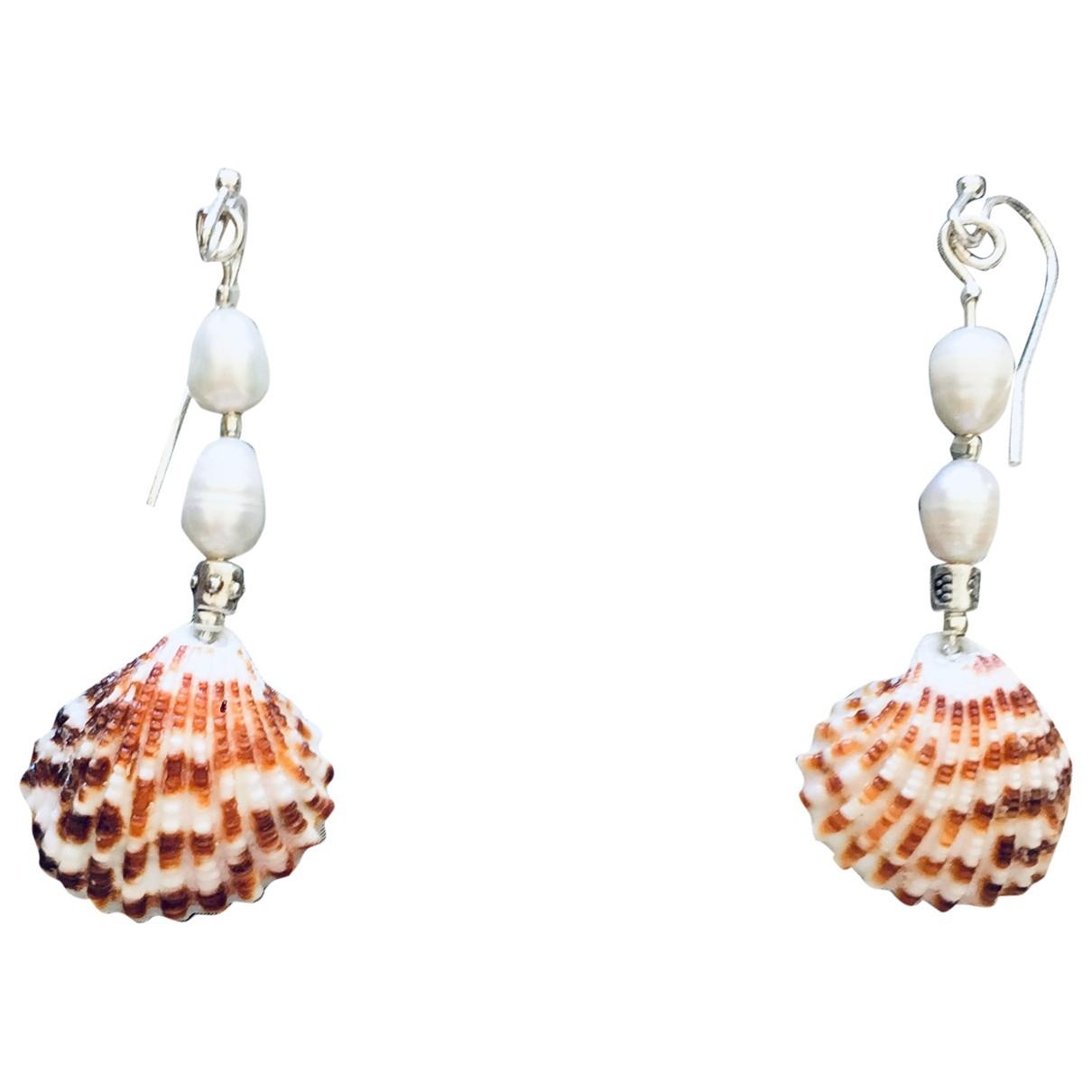 - Boucles doreilles Motifs Coquillages pour femme en perles
