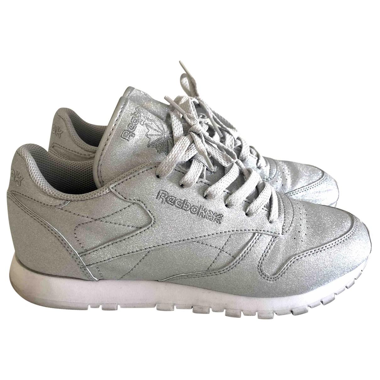 Reebok \N Sneakers in  Silber Leder