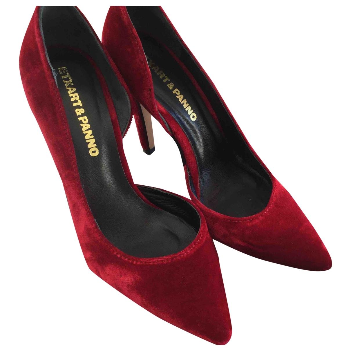 Non Signé / Unsigned \N Red Velvet Heels for Women 36 EU