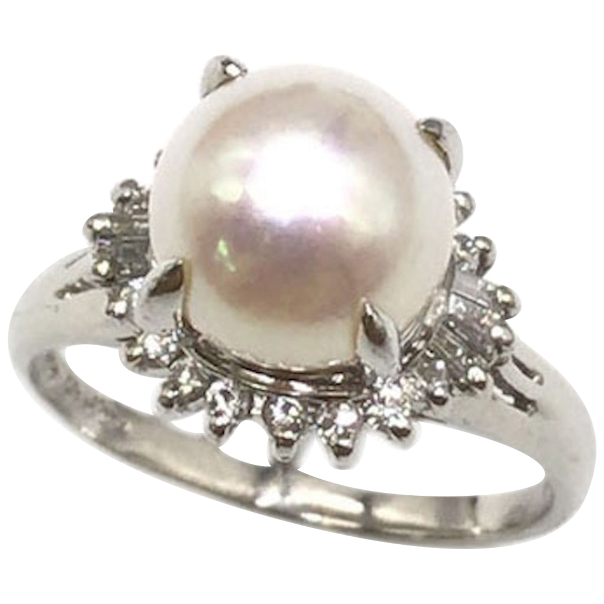 Non Signe / Unsigned Nacre Ring in  Silber Platin