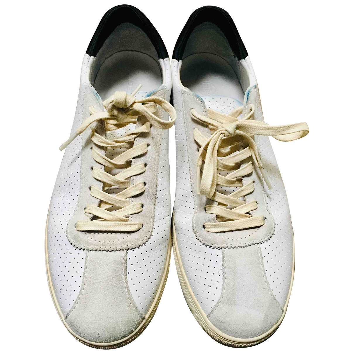 Non Signe / Unsigned \N Sneakers in  Weiss Leder