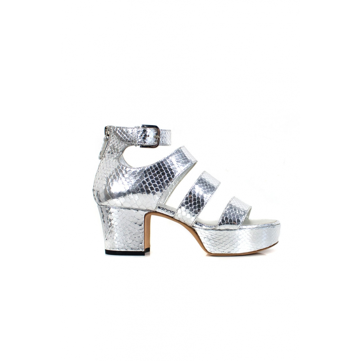 Chanel \N Silver Leather Sandals for Women 35.5 EU