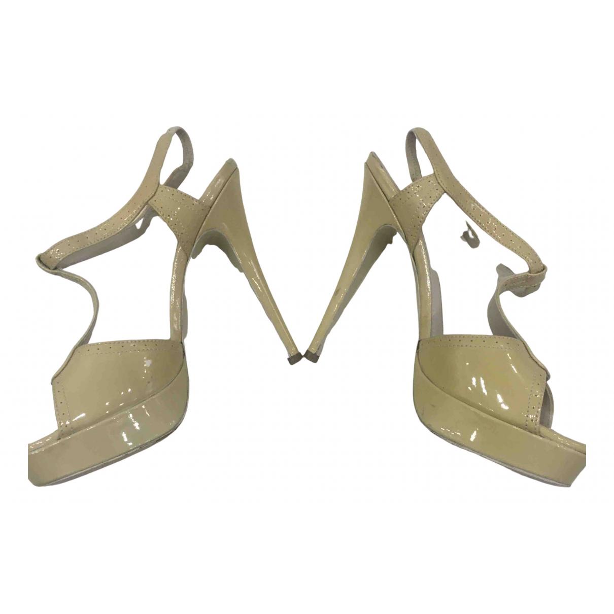Yves Saint Laurent Tribute Beige Patent leather Sandals for Women 38.5 EU