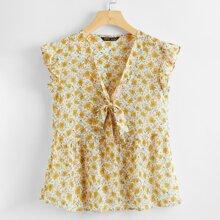 Bluse mit Gaensebluemchen Muster, Halsband und Schosschen