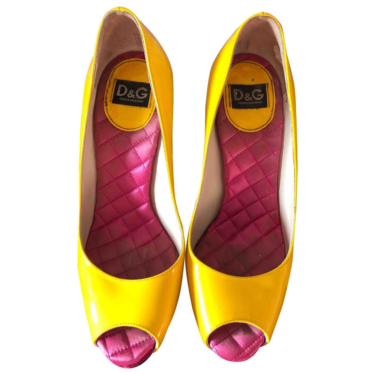 D&g - Escarpins   pour femme en cuir verni - jaune