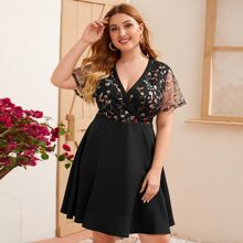 Vestido con malla con bordado floral - grande