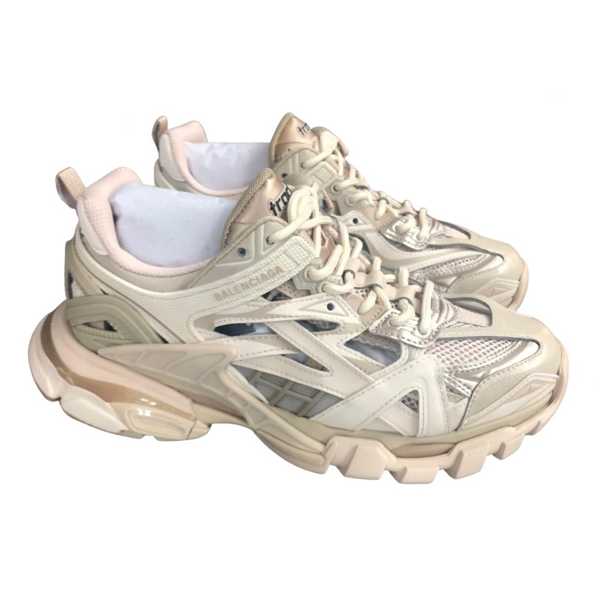 Balenciaga Track Sneakers in  Beige Leder