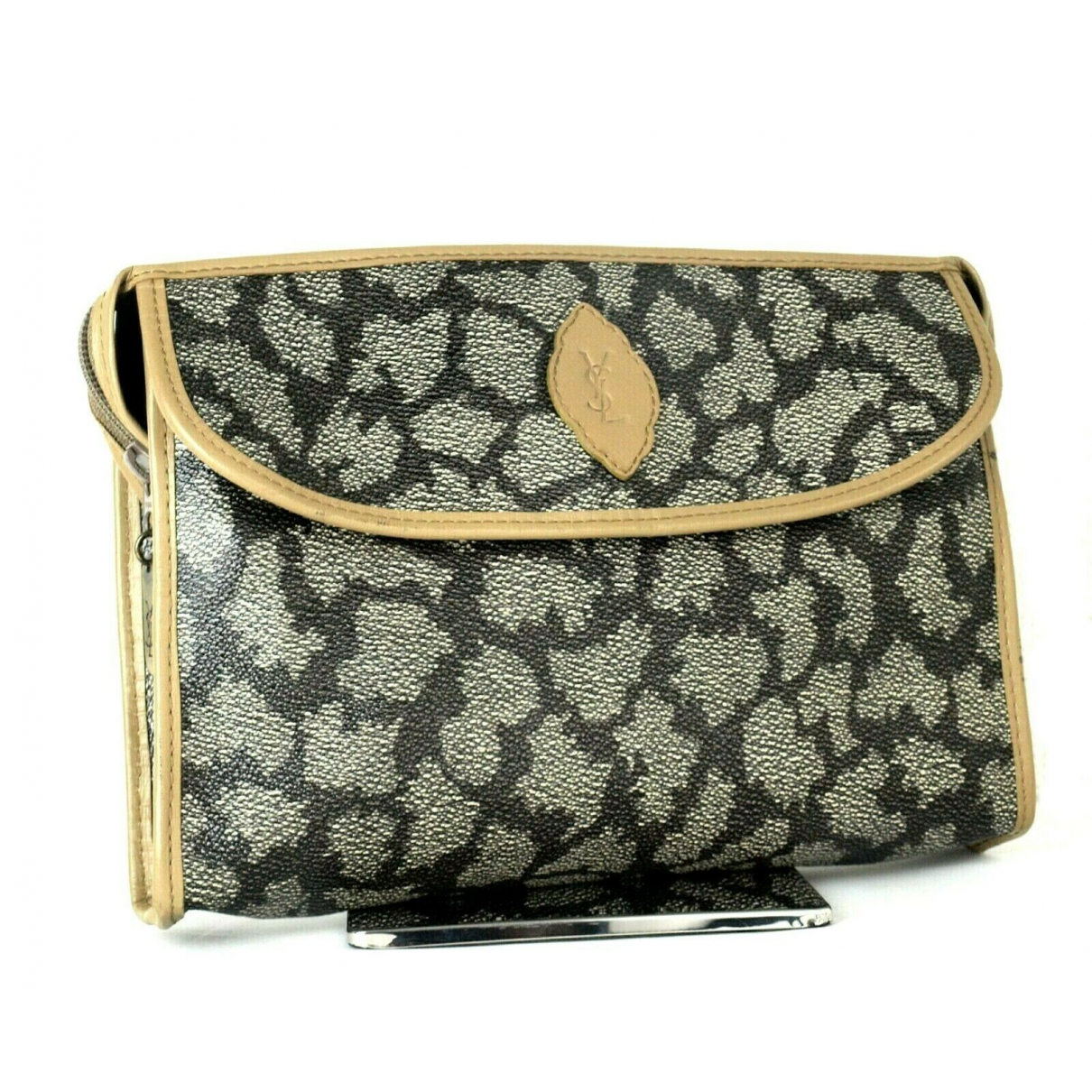 Yves Saint Laurent \N Leather Clutch bag for Women \N