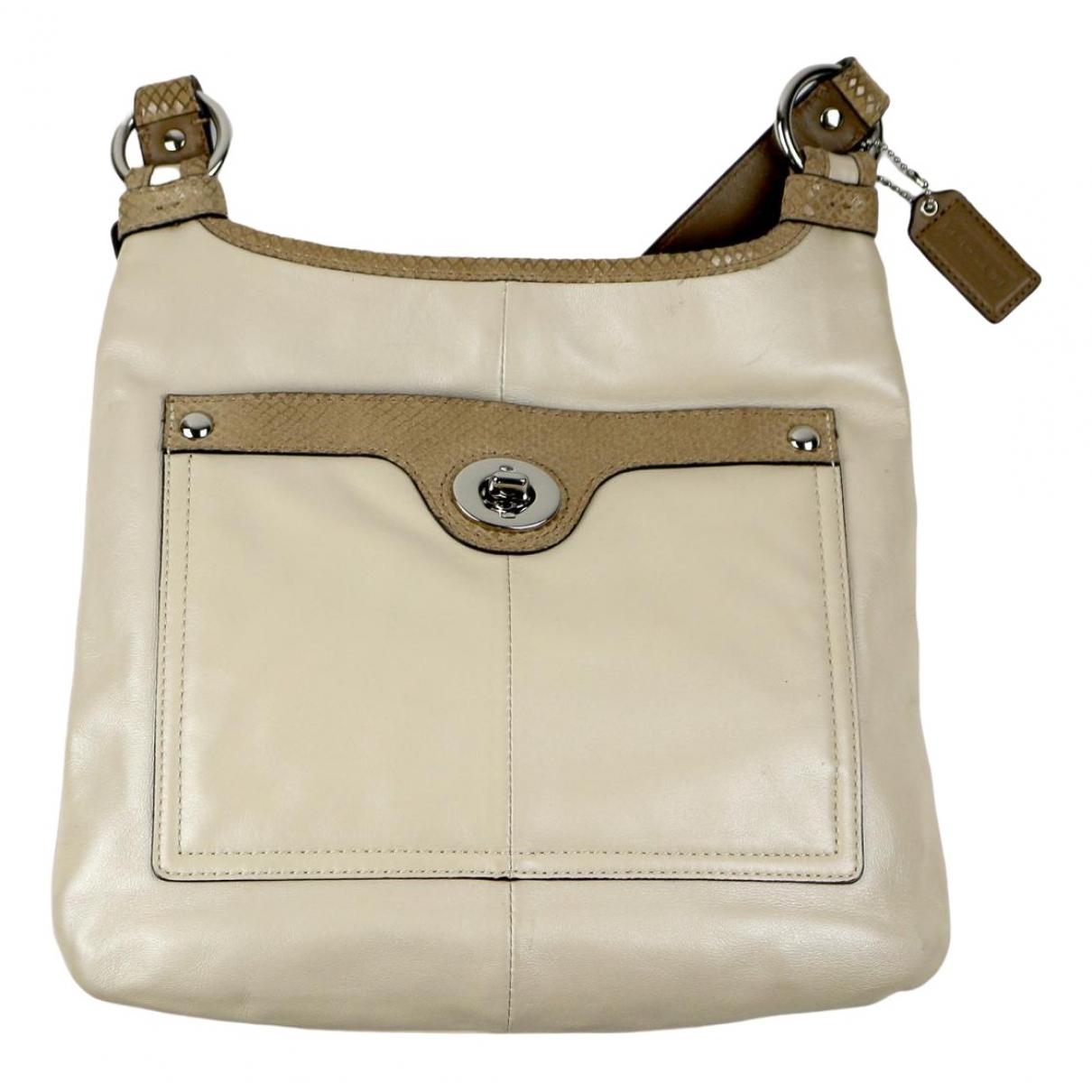 Coach \N Beige Leather handbag for Women \N
