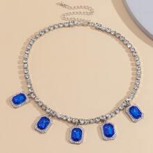Halskette mit Edelstein & Strass Dekor