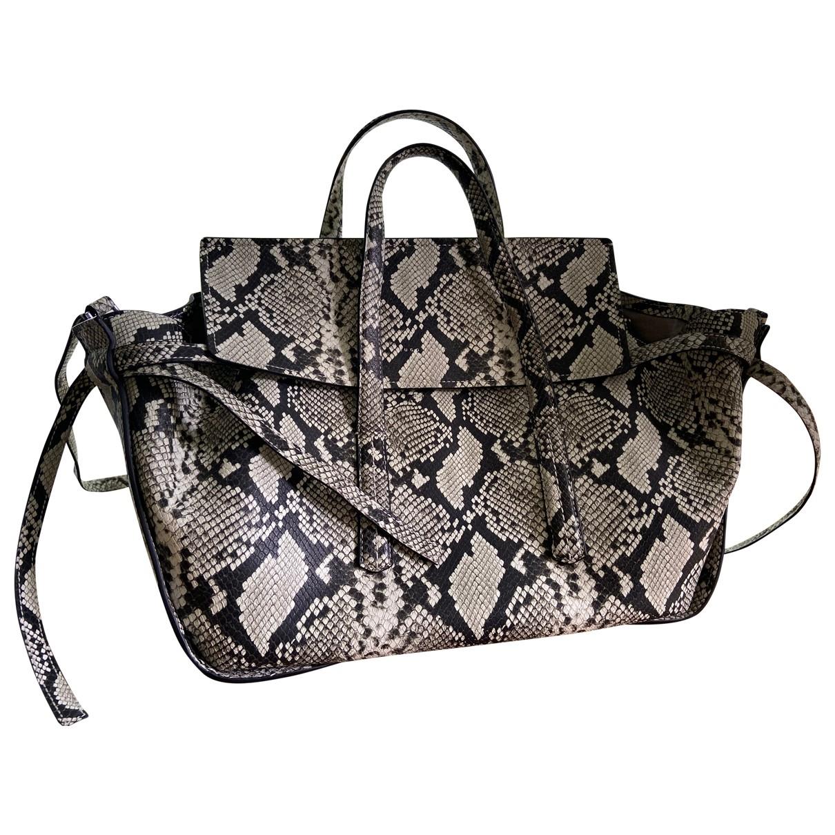 Hugo Boss \N Handtasche in Leder