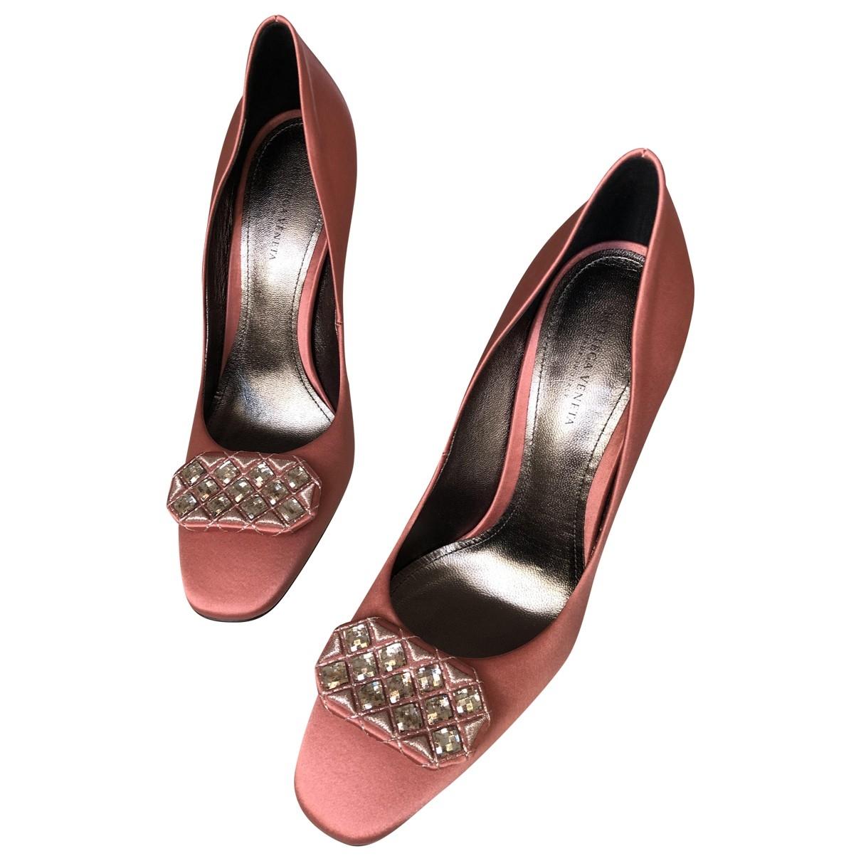 Bottega Veneta \N Pink Velvet Heels for Women 37.5 EU