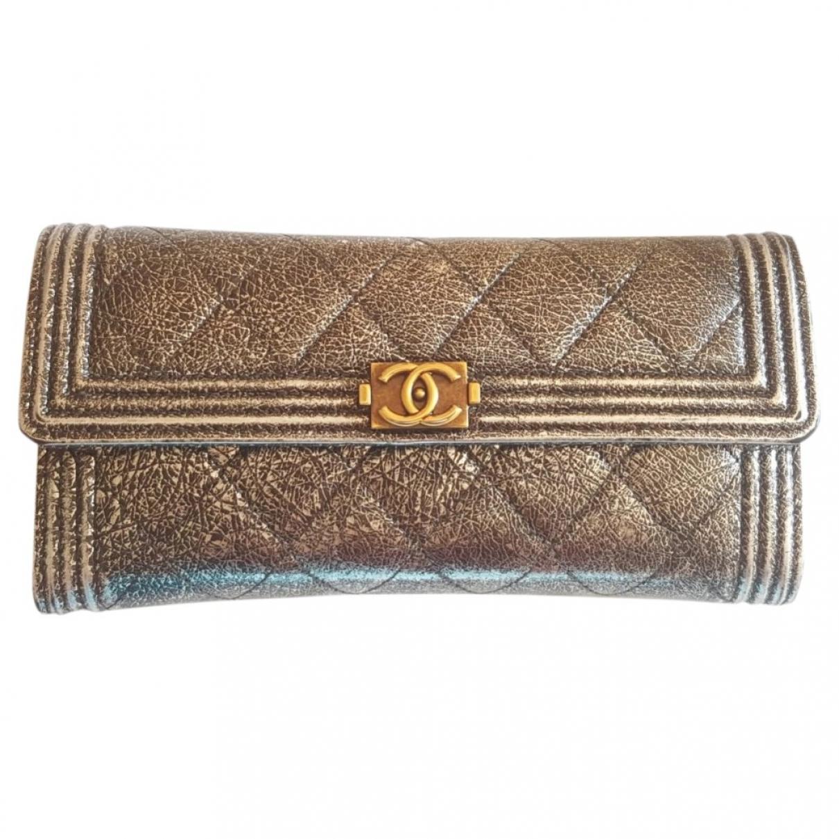 Chanel Boy Portemonnaie in  Silber Leder