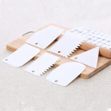 6pcs Plastic Baking Scraper