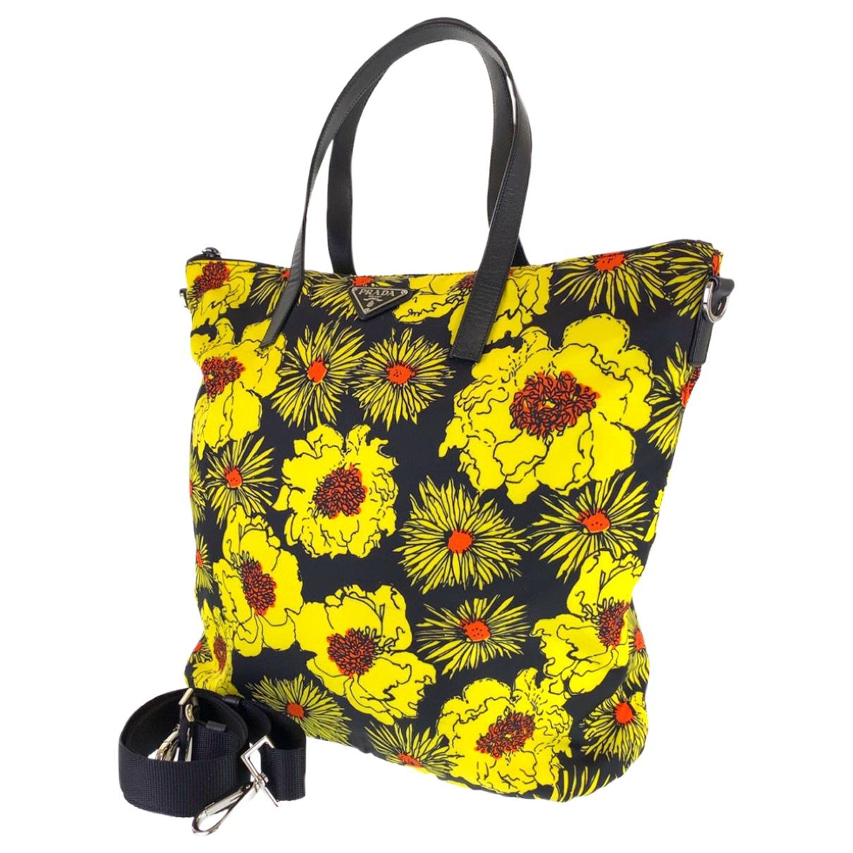 Prada \N handbag for Women \N