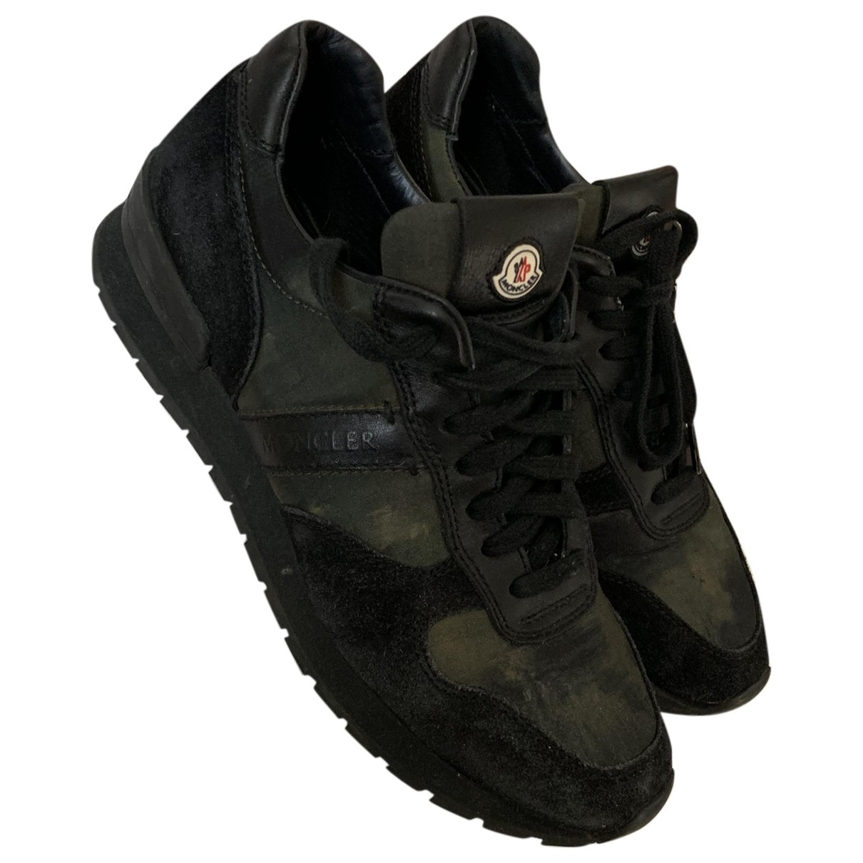 Moncler \N Black Leather Trainers for Men 40 EU