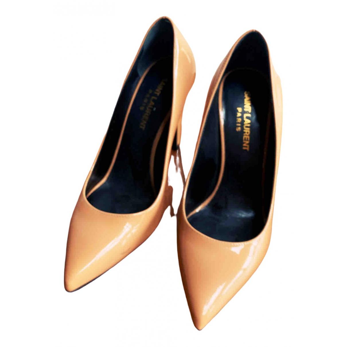 Saint Laurent \N Beige Patent leather Heels for Women 35.5 EU