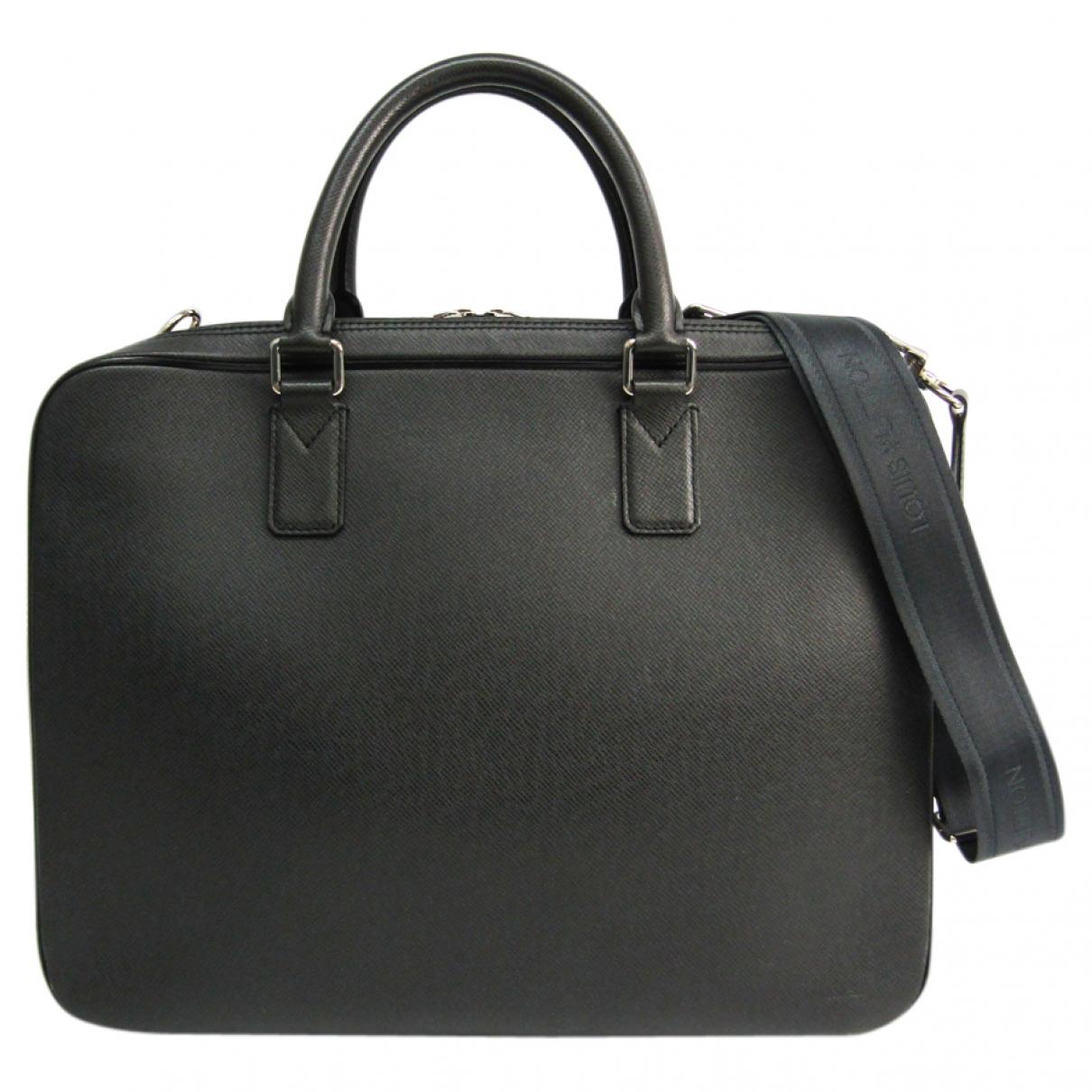Louis Vuitton \N Taschen in  Anthrazit Leder