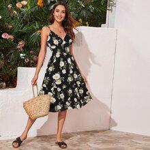 Cami Kleid mit Empire Taille, Raffungsaum und Blumen Muster