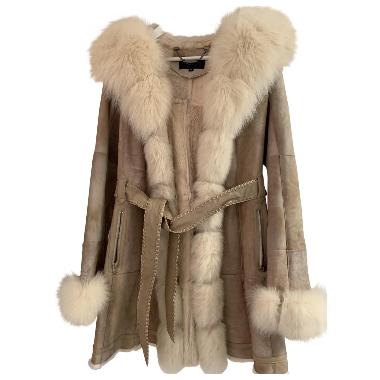 Non Signé / Unsigned \N Beige Fur jacket for Women 40 FR