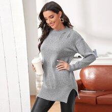Pullover mit Schlitz und Riss