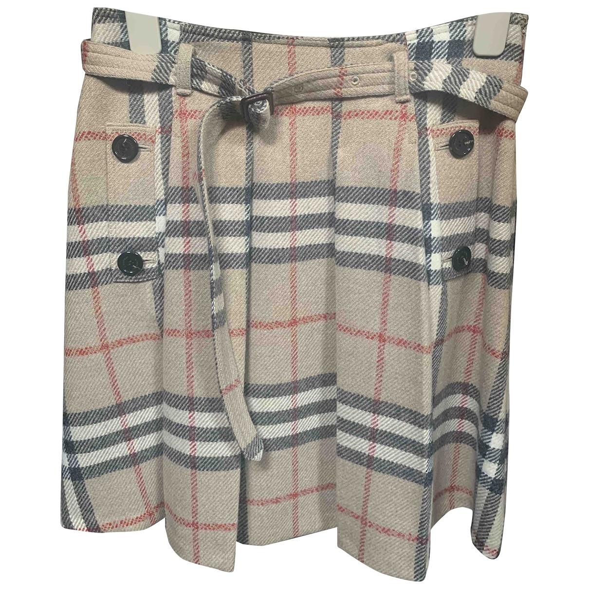 Burberry \N Beige Wool skirt for Women 38 IT