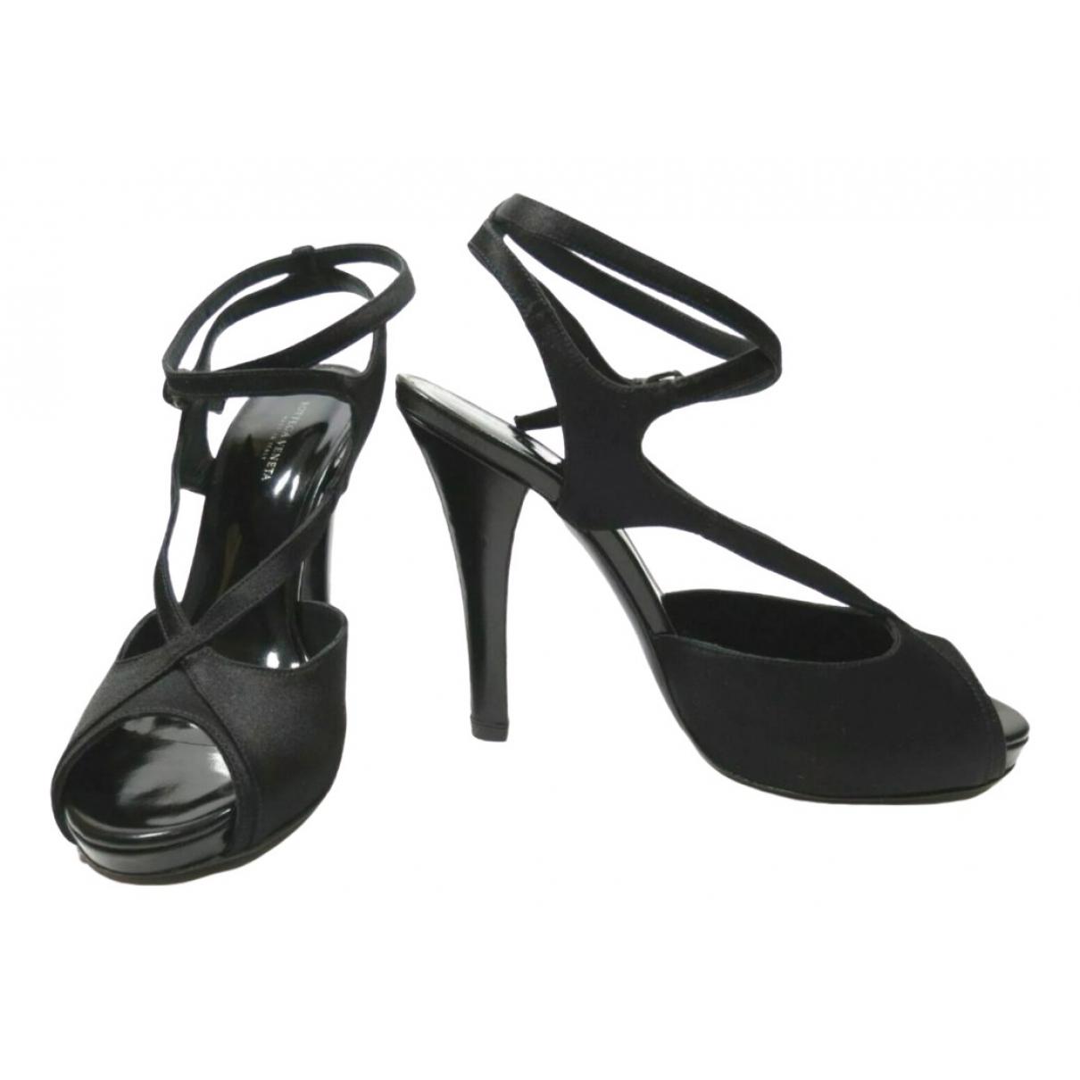 Bottega Veneta \N Black Cloth Sandals for Women 36.5 EU