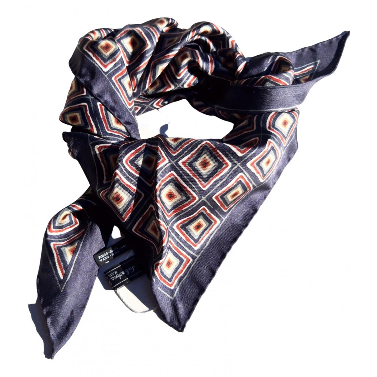 Salvatore Ferragamo \N Multicolour Silk scarf for Women \N