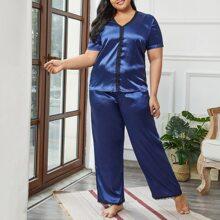 Satin Schlafanzug Set mit V-Kragen und Spitzenbesatz