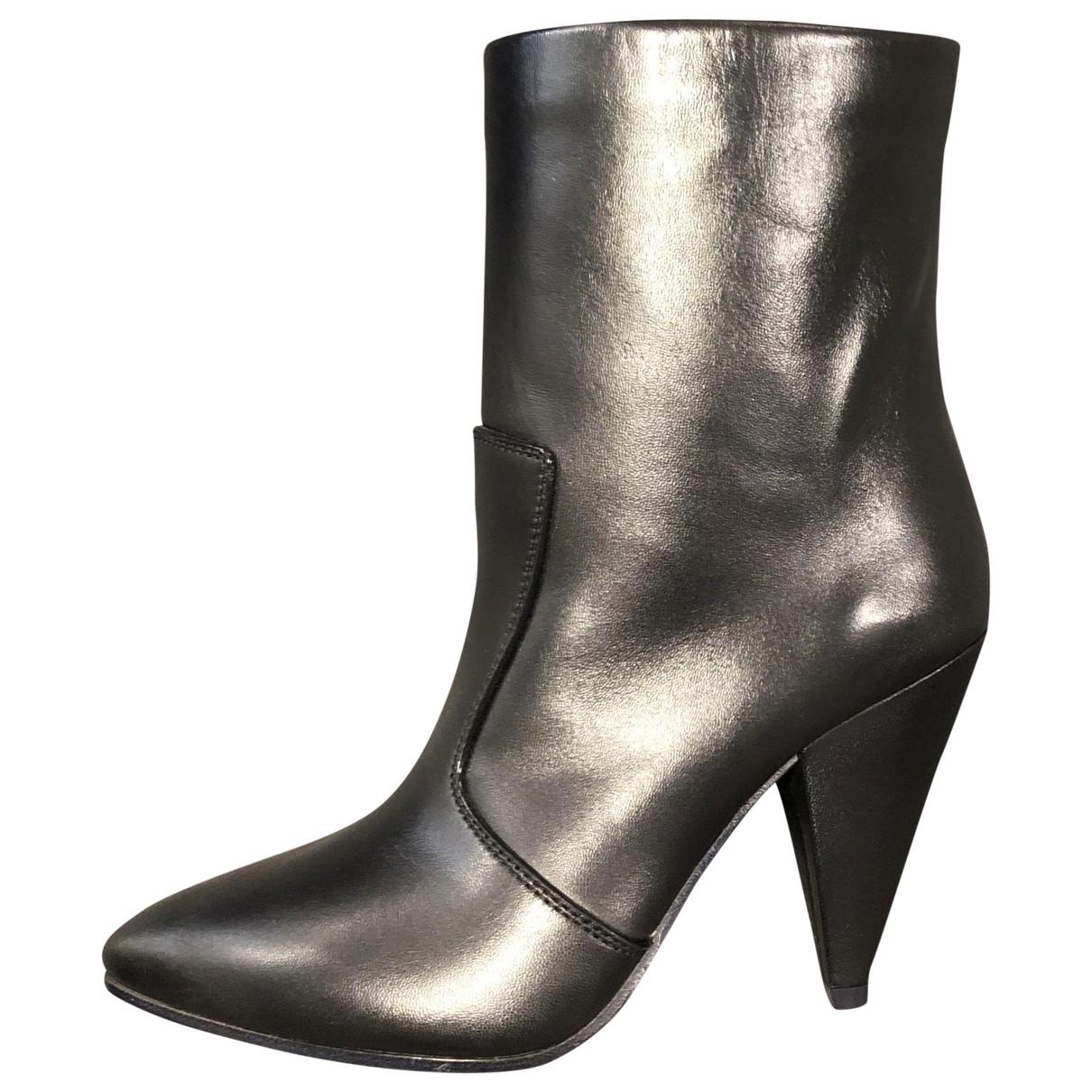 Stuart Weitzman \N Black Leather Ankle boots for Women 38.5 EU