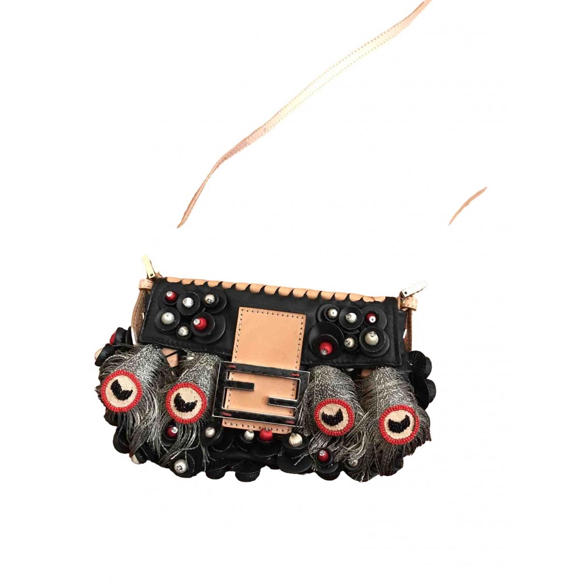 Fendi Baguette Black Leather Clutch bag for Women \N