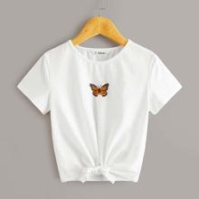 Maedchen T-Shirt mit Schmetterling Muster und Knoten