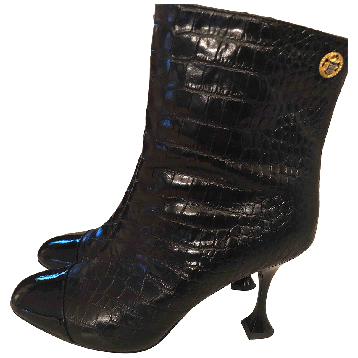 Chanel \N Black Leather Ankle boots for Women 40 IT