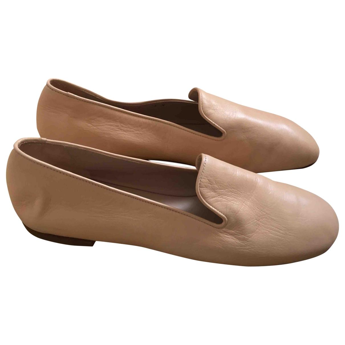 Stuart Weitzman \N Beige Leather Flats for Women 7.5 US