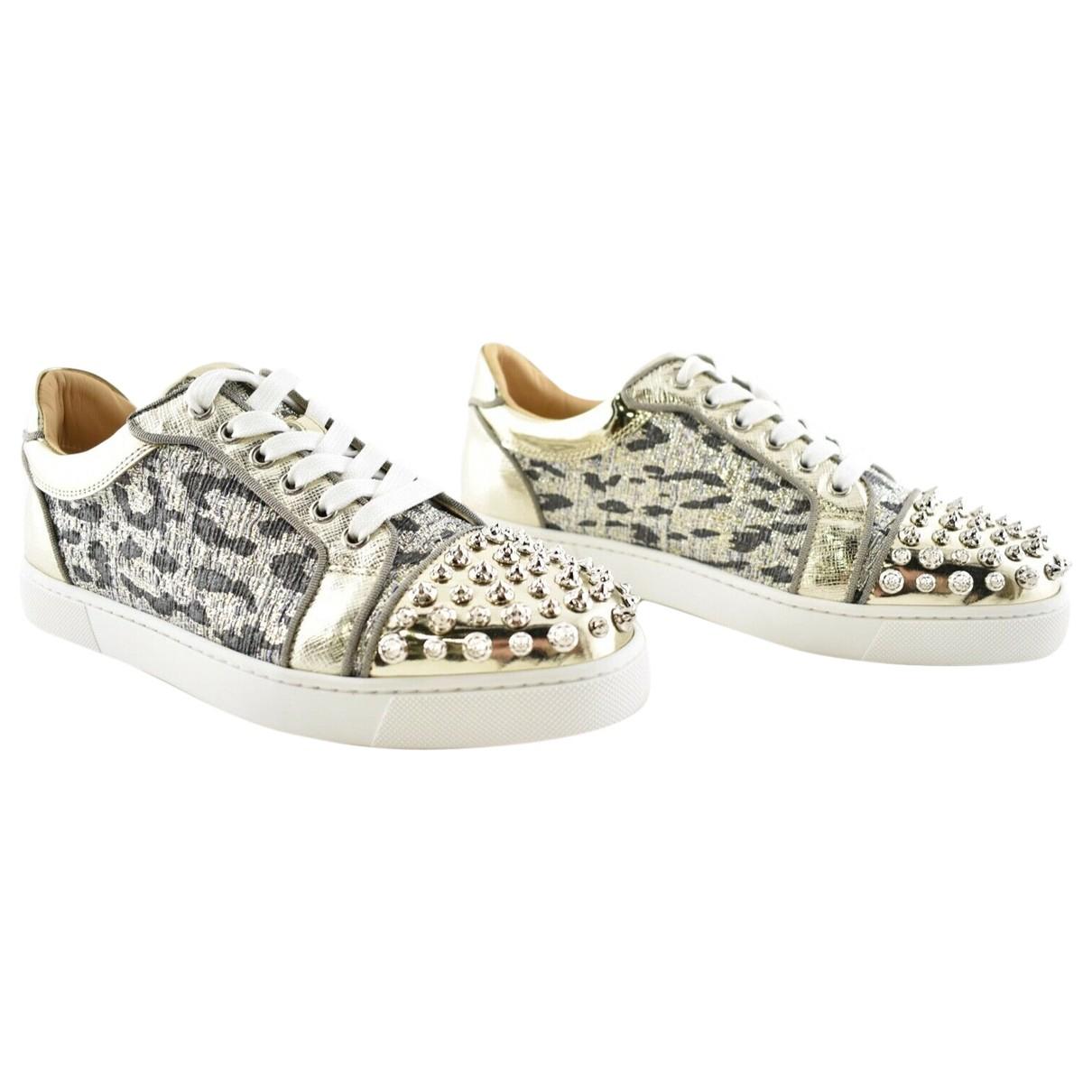 Christian Louboutin \N Sneakers in  Silber Leinen