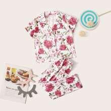 Kleinkind Maedchen PJ Set mit Blumen Muster