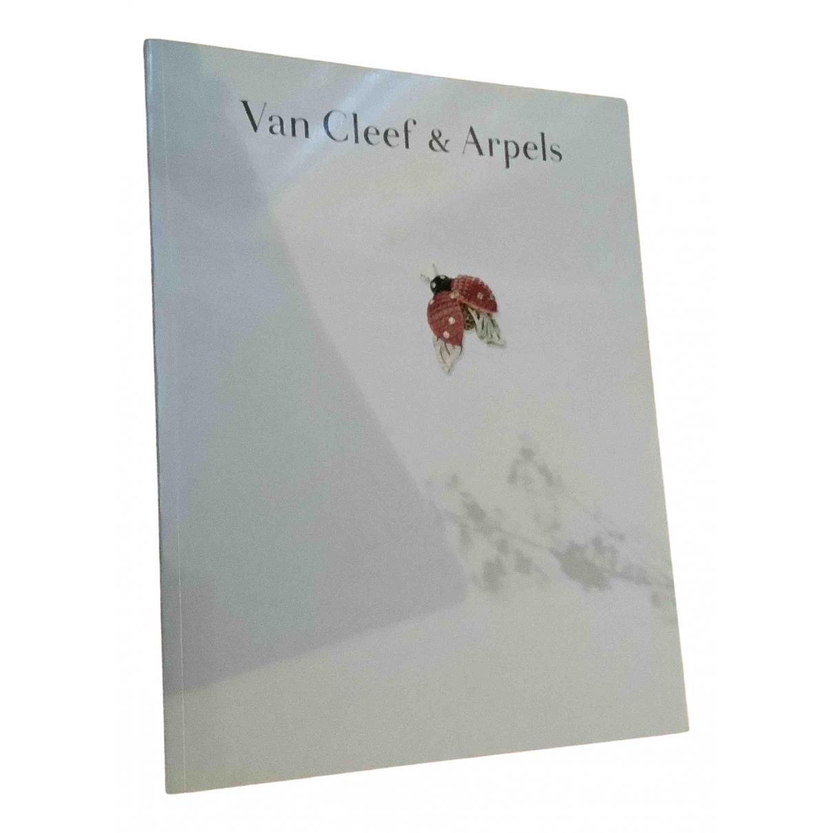 Van Cleef & Arpels - Photographie   pour lifestyle en coton - blanc