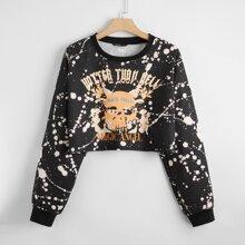 Pullover mit Buchstaben und Schaedel Muster