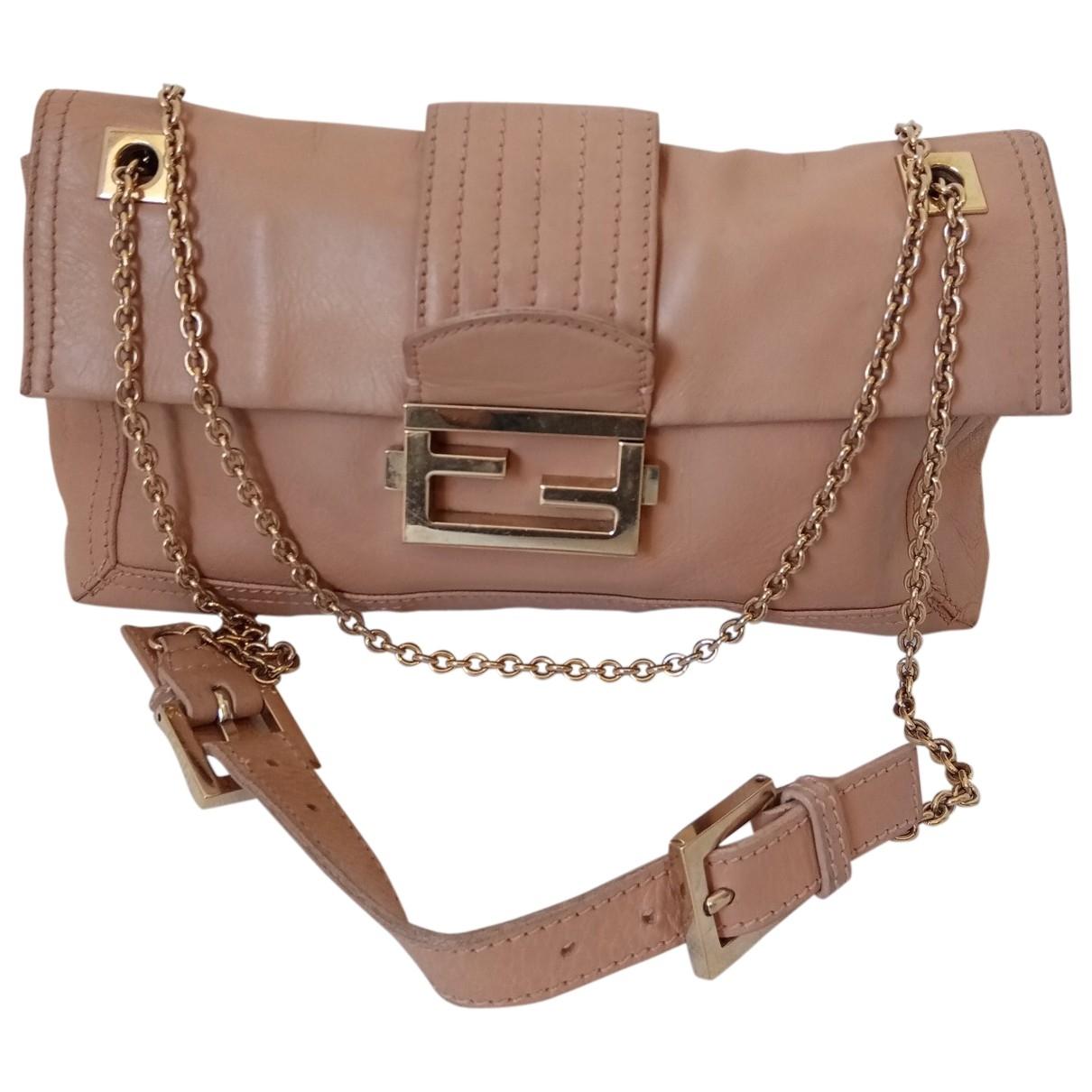 Fendi Baguette Leather handbag for Women \N