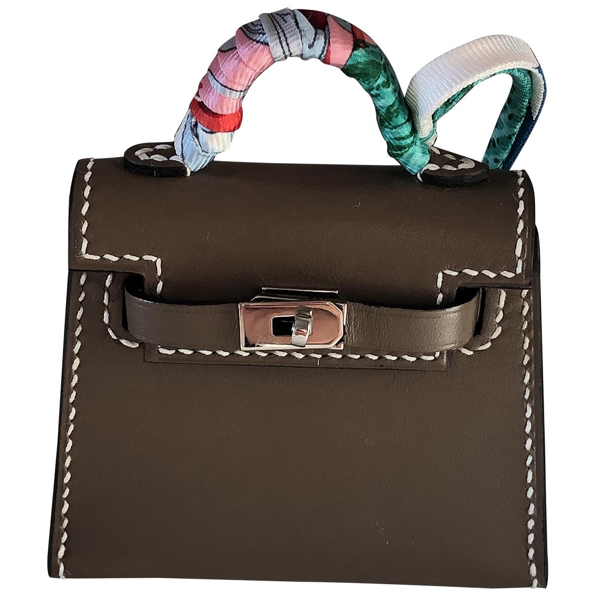 Hermès Kelly Grey Leather Purses, wallet & cases for Women N