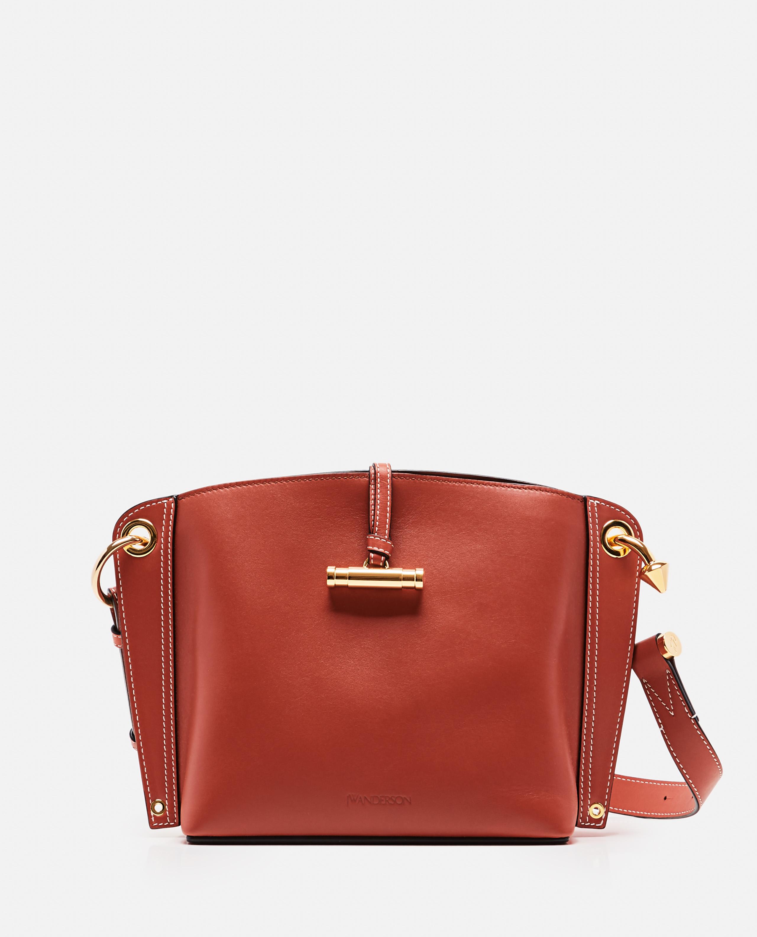 Structured leather shoulder bag