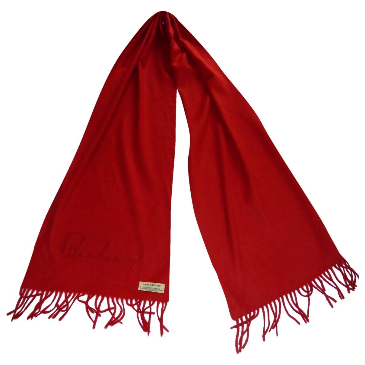 Burberry \N Schal in  Rot Kaschmir