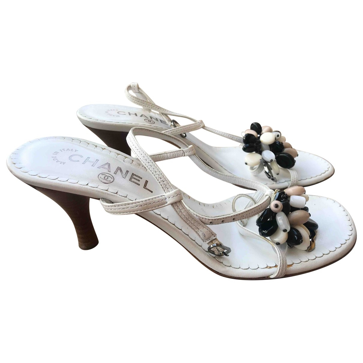 Chanel \N Sandalen in  Weiss Leder