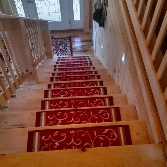 Gloria Rug Stair Treads Non Slip - 8.5x26 (8.5x26 - Red)