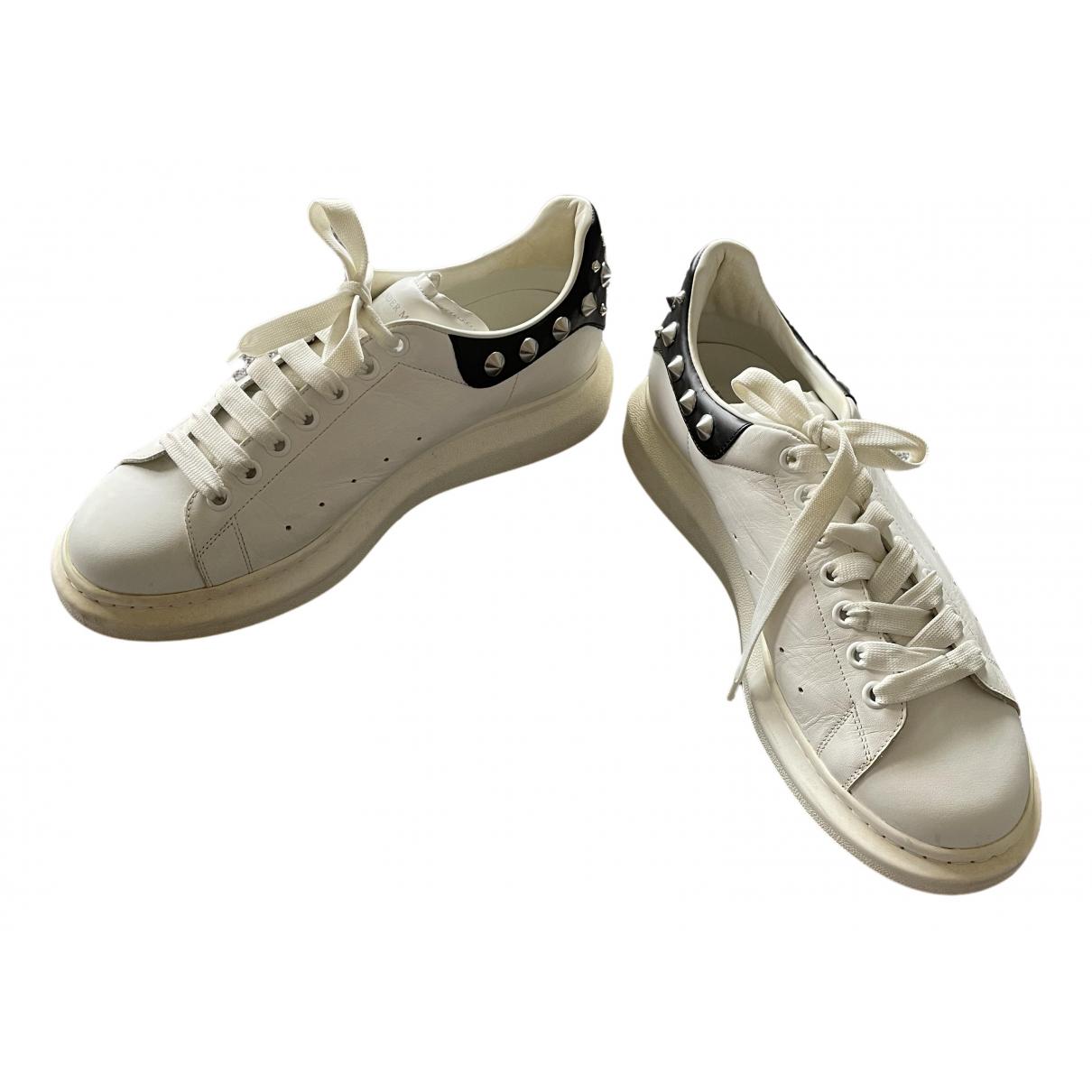 Alexander Mcqueen Oversize Sneakers in  Weiss Leder