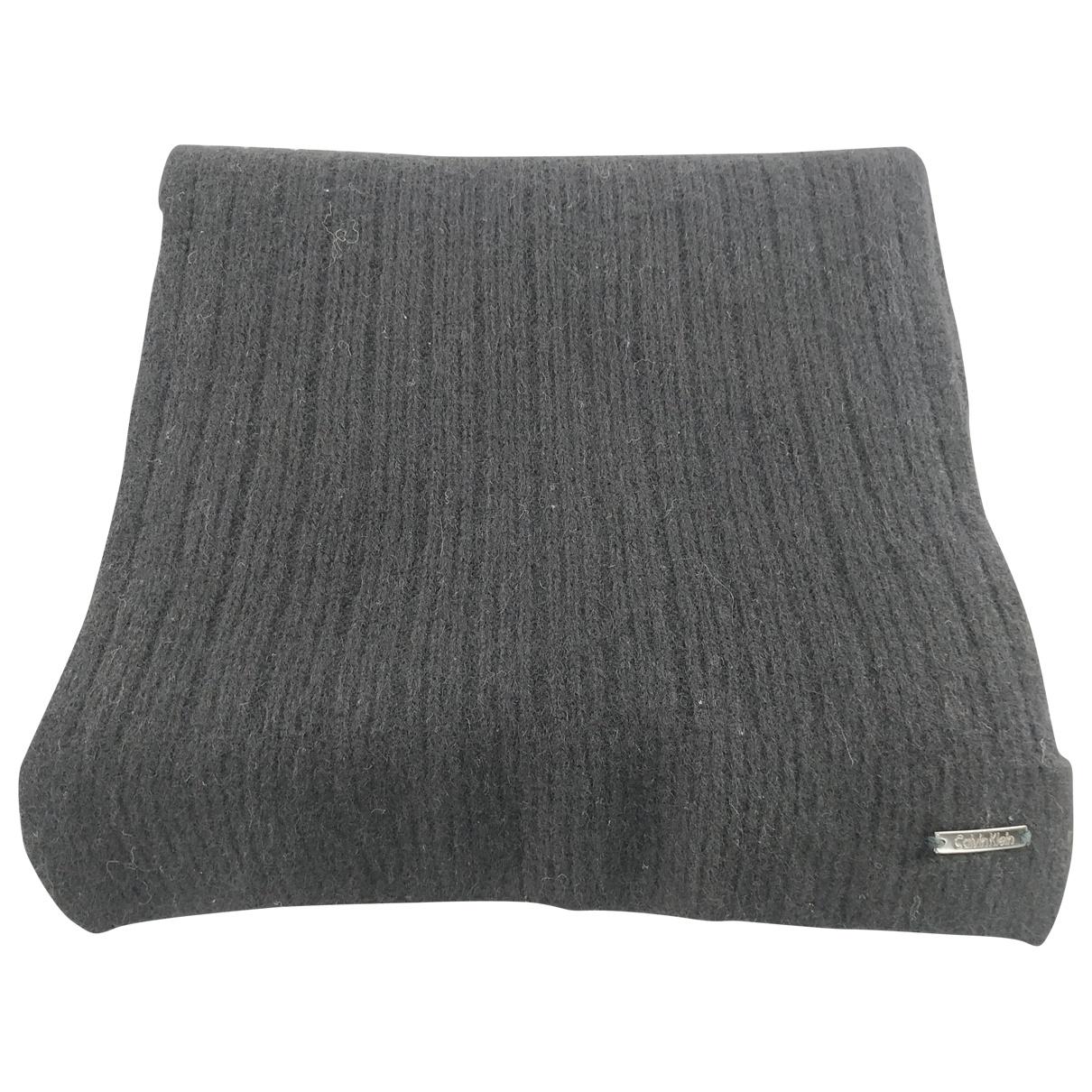 Calvin Klein \N Black Wool scarf for Women \N